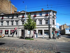 Corner of Gertrudes Street and Krisjana Barona Street in central Riga, Latvia. July 14, 2019 (Aris Jansons) Tags: cobbledstreet street outdoors summer corner tree house building architecture wooden gertrudesstreet krisjanabaronastreet city capital riga latvia baltic europe