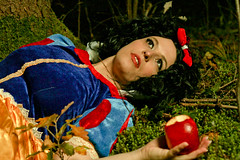 Fooled snow white (williHasDreams) Tags: snowwhite snowwhitecosplay snowwhiteandthesevendwarfs tree forest tyrol tirol instagood photooftheday beautiful art photography photo photos pic pics picture pictures peoplephoto cosplay cosplayers cosplayer cosplaylife cosplaygirl cosplayphotography cosplaying