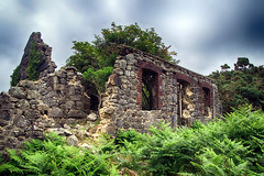 Watchet Hill Cottage (OutdoorMonkey) Tags: ruin ruined abandoned derelict house cottage building belstone dartmoor devon eastokement hill hillside braken outside ourdoor rural countryside
