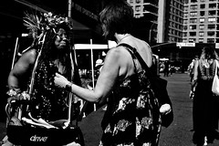 WeCanTalk (Street Witness) Tags: street photography astor place new york city 28mmcanonfdmountmanualfocuslens 15cropfactor42mmlens samsung nx210