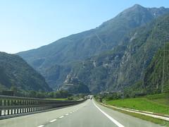 StraightMountainRoad (www.rubenholthuijsen.nl) Tags: straight mountain road freeway italy 2019