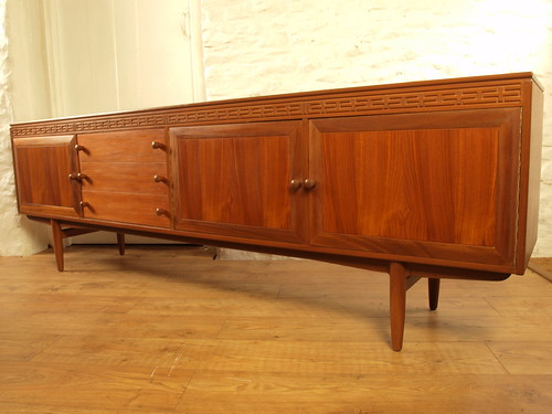 "Everest 60's teak long & low credenza.Excellent. • <a style=""font-size:0.8em;"" href=""http://www.flickr.com/photos/69514980@N03/48281257701/"" target=""_blank"">View on Flickr</a>"