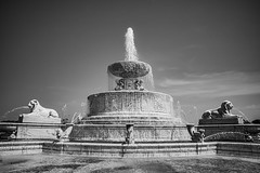 Belle Isle Fountain - Light & Shade (Tony Rich Photography) Tags: michigan belleisle gem emerald statepark marble fountain detroit