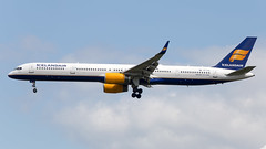TF-FIX (fakocka84) Tags: lhr london heathrow boeing757308 icelandair