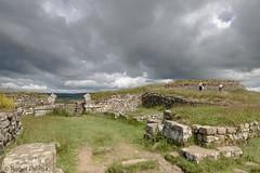 HADRIANS WALL, (Milestation 37),  NORTHUMBERLAND_DSC_6394_LR_2.5 (Roger Perriss) Tags: 2019 northumberland hadrianswall holiday d750 stonework stone gate doorway wall arch milestation37 darkcloud cloud