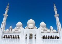 The White Mosque (Narr820) Tags: abudhabi abu dhabi mosque sheikh zayed white blue cae dome frame gold building door architecture floor tower travel holiday