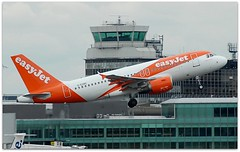 (Riik@mctr) Tags: manchester airport egcc gezbc ringway airfield runway tower easyjet airbus a319 msn 2866