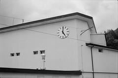 5 o'clock (vladixp) Tags: fp4 fp4plus fp480 d76 14min 20c 12 praktica mtl5 flektogon k2 pf7250u 3600dpi 35mm yellowfilter filmscan 35mmfilm film bw bwfilm filmphotography negative scanned svizzera schweiz switzerland suisse broc cailler fribourg