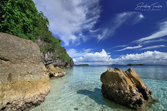 No Place Like Home - Except the Beach (engrjpleo) Tags: beach bitaogbeach unibisland lalakingbukid basilisa island rock sky cloud landscape seascape sea seaside shore coast outdoor water waterscape