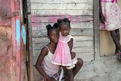 DR10403 (Glenn Losack M.D.) Tags: dominicanrepublic republica dominicana niños portraits dominicans children poverty pobreza sanpedrodemacoris macoris glenn losack streetphotographer streetphotography photojournalism