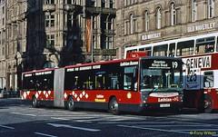 FJ53LZX demonstrator on hire to Lothian Buses (theroumynante) Tags: fj53lzx demonstrator hire lothian buses volvo b7la hispano princes street edinburgh bus articulated bendibus lowfloor singledeck road transport