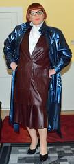 Birgit029158 (Birgit Bach) Tags: coat mantel shiny glänzend suit kostüm leather leder pleatedskirt faltenrock ruffledblouse rüschenbluse