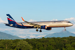 GVA | VP-BAE | Aeroflot 2381 from Sheremetyevo (Olivier Mouhot) Tags: gva lsgg 2019jun a321 afl vpbae