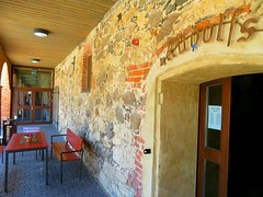 Cafe Rudolfs in the old manor stables. Koknese, Latvia. August 2018 (Aris Jansons) Tags: cafe rudolfs building outdoors entrance doorway stable manor koknese kokenhusen latvia baltic europe catering
