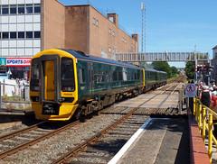158958 Paignton (3) (Marky7890) Tags: gwr 158958 class158 expresssprinter 2f25 paignton railway devon rivieraline train