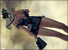 ► ﹌Fiorellino.﹌ ◄ (яσχααηє♛MISS V♛ FRANCE 2018) Tags: fellinicouture avatar artistic art roxaanefyanucci topmodel poses photographer posemaker photography models modeling maitreya lesclairsdelunedesecondlife lesclairsdelunederoxaane girl glamour glamourous fashion flickr france firestorm fashiontrend fashionable fashionindustry fashionista fashionstyle designers secondlife sl slfashionblogger shopping styling style virtual blog blogger blogging bloggers bento hautecouture