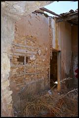 Portugal - Lagos (abudulla.saheem) Tags: ruína ruin ruine penhasco cliff steilküste lagos algarve portugal panasonic lumix dmctz101 abudullasaheem