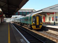 158957 Paignton (3) (Marky7890) Tags: gwr 158957 class158 expresssprinter 2a59 paignton railway devon rivieraline train