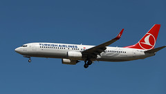 Turkish Airlines / Boeing 737-8F2 / TC-JVI (vic_206) Tags: turkishairlines boeing7378f2 tcjvi tls