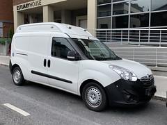 Irish Police Car - An Garda Siochana - Unmarked Vehicle (firehouse.ie) Tags: garda police can opel ags van guards polizei gardai policia limerick unmarked unmarkedpolice unmarkedvehicle unmarkedunit unmarkedgarda henrystreet