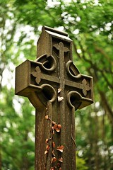 Highgate June 19 - 38 (Lostash) Tags: london highgatecemetary graveyards graves tombs death burials uk