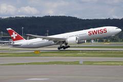 Swiss Boeing 777-300ER; HB-JNH@ZRH;14.07.2019 (Aero Icarus) Tags: zrh zürichkloten zürichflughafen zurichairport lszh plane avion aircraft flugzeug