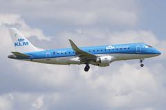 KLM Cityhopper Embraer ERJ175; PH-EXT@ZRH;14.07.2019 (Aero Icarus) Tags: zrh zürichkloten zürichflughafen zurichairport lszh plane avion aircraft flugzeug