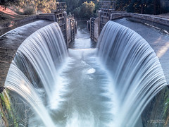 CANAL DE CASTILLA, RAMAL NORTE (faustoreinosa) Tags: canaldecastilla olympus cascada efectoseda agua omdem1markii palencia