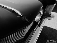 Riviera with even more attitude (Hi-Fi Fotos) Tags: buick riviera vintage 60s firstgen sinister noir attitude pinstripe chrome american design style classiccar mono bw blackandwhite nikon d7200 dx nikkor 1755 28 hififotos hallewell grille