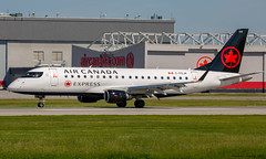 Air Canada Express / Operated By Sky Regional Airlines / Embraer ERJ-175SU / C-FEJP / YUL (tremblayfrederick98) Tags: erj175 embraer aircanada aviation avgeek airplane yul montreal skyregional