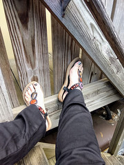 IMG_20190714_121337263~2 (eirenna_unveiled) Tags: foot feet sandals toes polishedtoes polishedtoenails legs