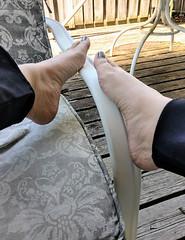 IMG_20190714_124008750_HDR~2 (eirenna_unveiled) Tags: foot feet barefoot barefeet polishedtoes polishedtoenails legs