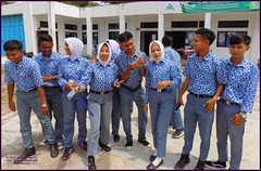 Cirebon Java Students 20190328_104407 DSCN4236 (CanadaGood) Tags: people color colour indonesia person java asia seasia westjava indonesian asean cirebon javanese 2019 canadagood thisdecade school university