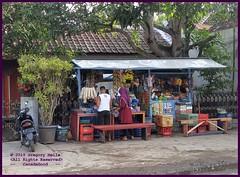 Cirebon Java Warung 20190328_070941 LG (CanadaGood) Tags: asia asean seasia indonesia indonesian java javanese westjava cirebon vendor market tree restaurant people person canadagood 2019 thisdecade color colour building