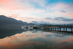 朝霧碼頭 (Reflection-) Tags: 朝霧碼頭 lake sunmoonlake morning sunrise 日出 晨