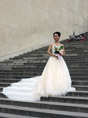 Little Bride from South China (pivapao's citylife flavors) Tags: paris france trocadero girl wedding