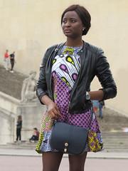 Black girl wearing a lively short dress (pivapao's citylife flavors) Tags: paris france trocadero beauties girl portrait
