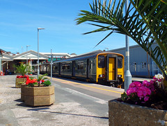 150244 Paignton (4) (Marky7890) Tags: gwr 150244 class150 sprinter 2t11 paignton railway devon rivieraline train