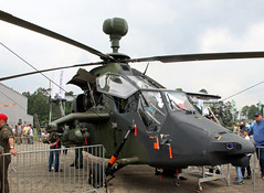 Tiger (Schwanzus_Longus) Tags: fassberg fasberg german germany modern aviation helicopter military army combat tiger eurocopter
