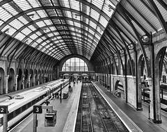 KX (@WineAlchemy1) Tags: kingscross railway station tracks trains transport london camden blackandwhite monochrome blancoynegro noiretblanc nerosubianco engineshed eastcoastmainline kx kingsx kgx