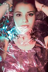 DSC_9306-2 (PerceptionPhotoManon) Tags: portrait woman brillance marseille art matière plastique néon