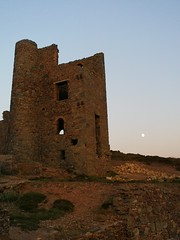 Wheal Coates mine, Cornwall (stu250250) Tags: mine whealcoates cornwall ruin coast sunset moon