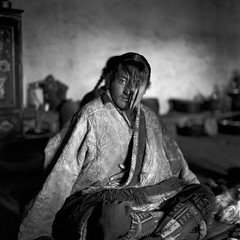 tibet1999_103 (Shinya Arimoto) Tags: tibet 6×6 bw tmax400 tibet1999 rolleiflex xenotar 80mm f28 portrait happyplanet asiafavorites