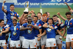 Australia U20 v France U20, World Rugby Under 20 Championship, Final, Rosario, Argentina - 22 Jun 2019 (Les Echos START) Tags: u20 v final by personality victoire sport rosario personnalite under 20 22 players with fete rugby 2019 celebrate sportsperson australia france championship trophy following over 81532961 finale world argentina jun victory 2423 player monde championnat argentine trophee australie nbc jeua13
