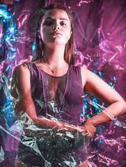 DSC_9315 (PerceptionPhotoManon) Tags: portrait woman brillance marseille art matière plastique néon