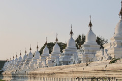 Kuthodaw Pagoda Complex - Mandalay Myanmar (WanderingPJB) Tags: accumulation flickruploaded myanmar burma mandalay buddhism kuthodawpagodacomplex stupa pagoda