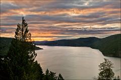 malahat (heavenuphere) Tags: malahat cowichanvalley saanichinlet vancouverisland britishcolumbia bc canada moonwaterlodge malahatchalet view landscape nature sunrise 24105mm