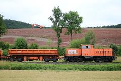 BBL: Lok 05 mit Gleisschotterzug vor der Autobahnbaustelle der A 44 in Hoheneiche (Helgoland01) Tags: bbl v100 eisenbahn railway deutschland germany hessen diesellok wehretal mak br214 br212 alstom