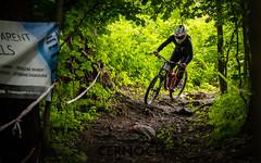 IMG_9962 (Dan.cerno) Tags: dh downhill bikegarage cup mountainbike mtb commencal ctm trek yt scott specialized kareš