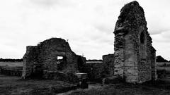 Ruins of St Peter's Church, Stanton Low, Milton Keynes - July 2019 (Trackside70) Tags: stpeterschurch stantonlow miltonkeynes buckinghamshire historic samsung galaxy a5